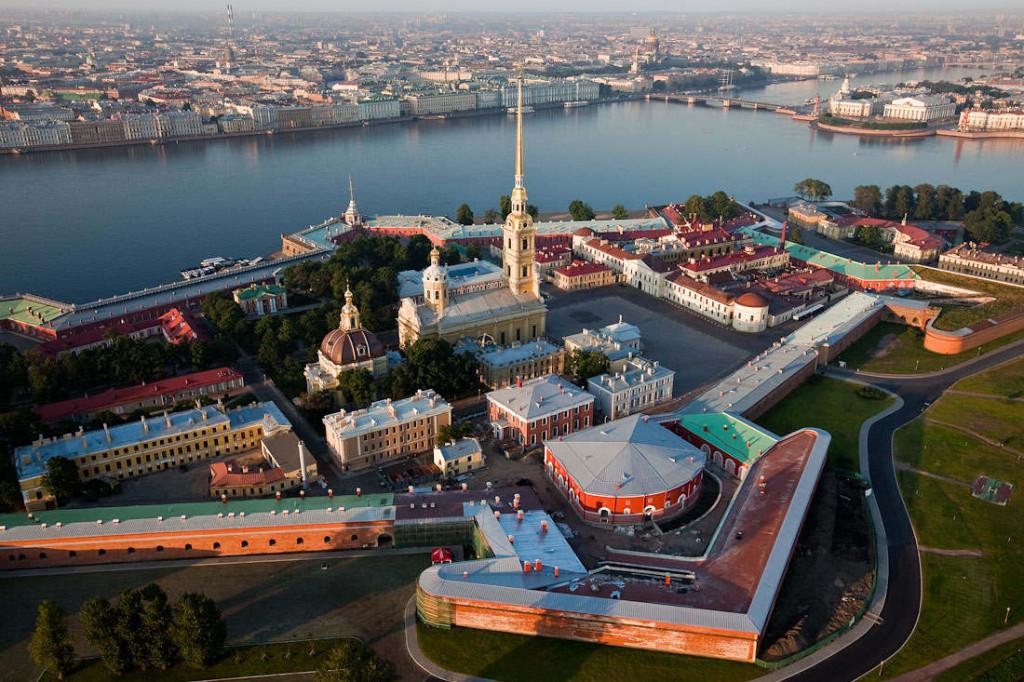 Петро-Павловская крепость экскурсия частная для компаний и бизнес-партеров