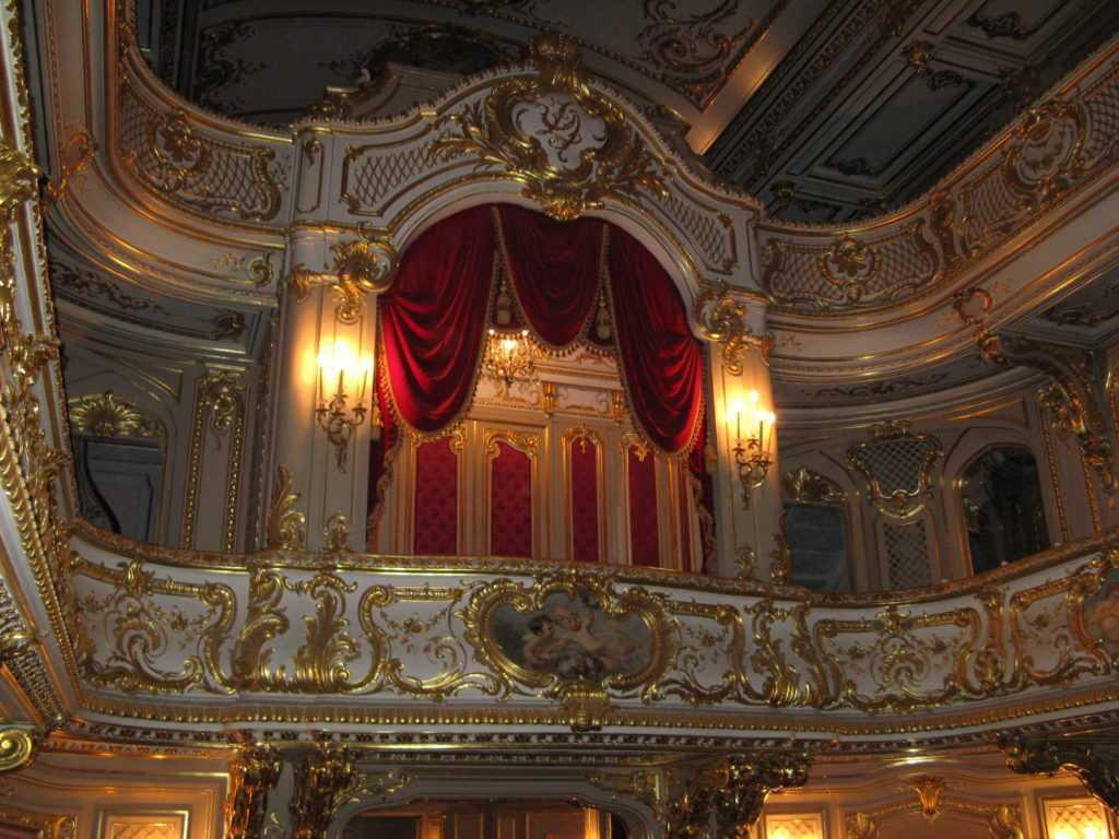 Yusupovsky_Palace_theatre