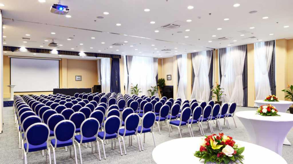 Конференц-зал отеля «Новый Петергоф»