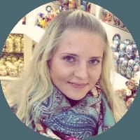 Гид-переводчик Юлия Маслакова (немецкий).