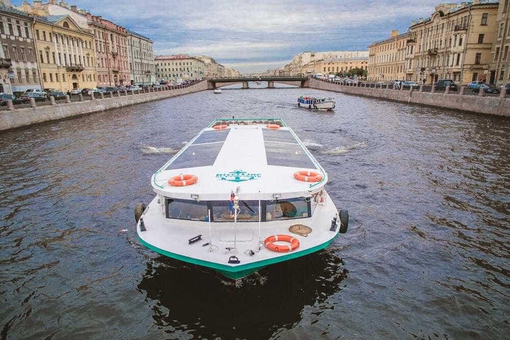 теплоход «Демарко» аренда в Петербурге