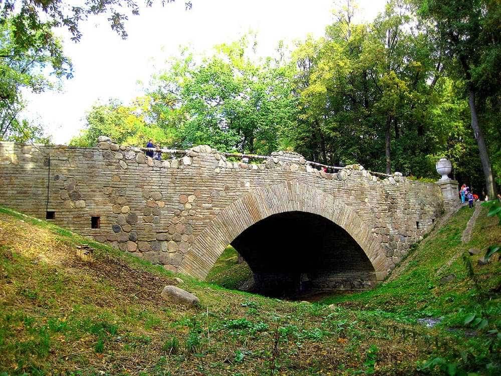 Руинный мост